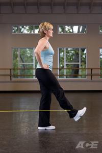 упражнение с резиновым жгутом